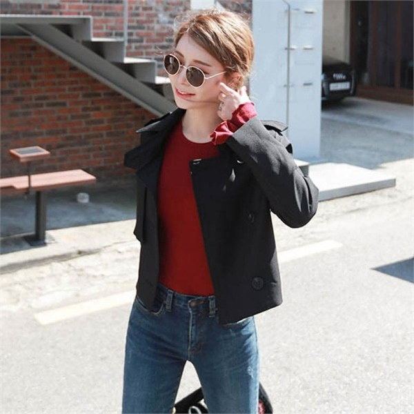 素であるマンハッタンにあるショートジャケット 女性のジャケット / 韓国ファッション/ジャケット/秋冬/レディース/ハーフ/ロング/