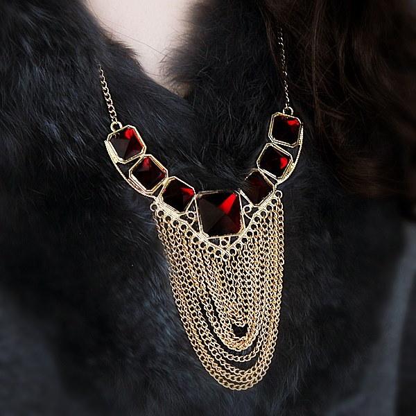 Bijoux女性ファッションデザインゴールドカラー合金タッセルルビー模造クリスタルステートメントネックレスfor Wo