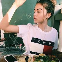 ペアルック【Tommy Hilfiger】 デニムBIGロゴTシャツ/男女共用/S~XL対応