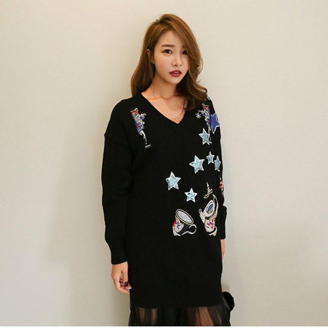 Vネックスパンコールスターニットティーデイリールックデイリーバックkorea women fashion style