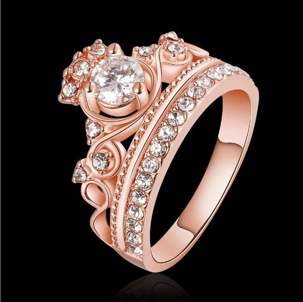 NEWファッションジュエリー18KローズゴールドプリティクラウンレディCZクリスタルリングプリンセスリング結婚指輪パーティー