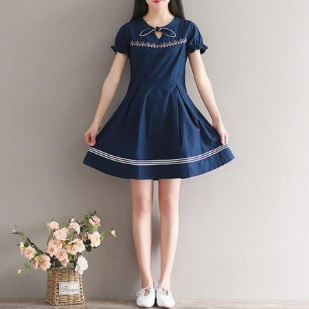 プチスタイルワンピースとてもかわいい刺繍ワンピースkorea fashion style