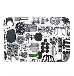 マリメッコ MARIMEKKO / PUUTARHURIN PARHAAT CHOPPING BOARD まな板 #064418 960新春初売り大特価中!