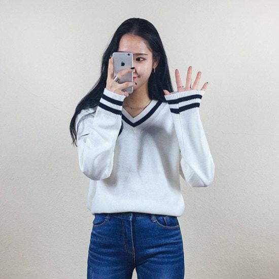 あっかんべーショップエレン配色ブイニット ニット/セーター/ニット/韓国ファッション