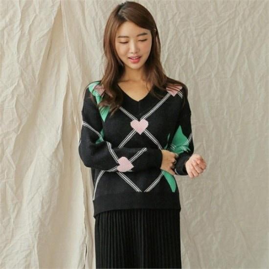 るみさん行き来するようにるみさんるみさんハートポイントブイニット ニット/セーター/ニット/韓国ファッション
